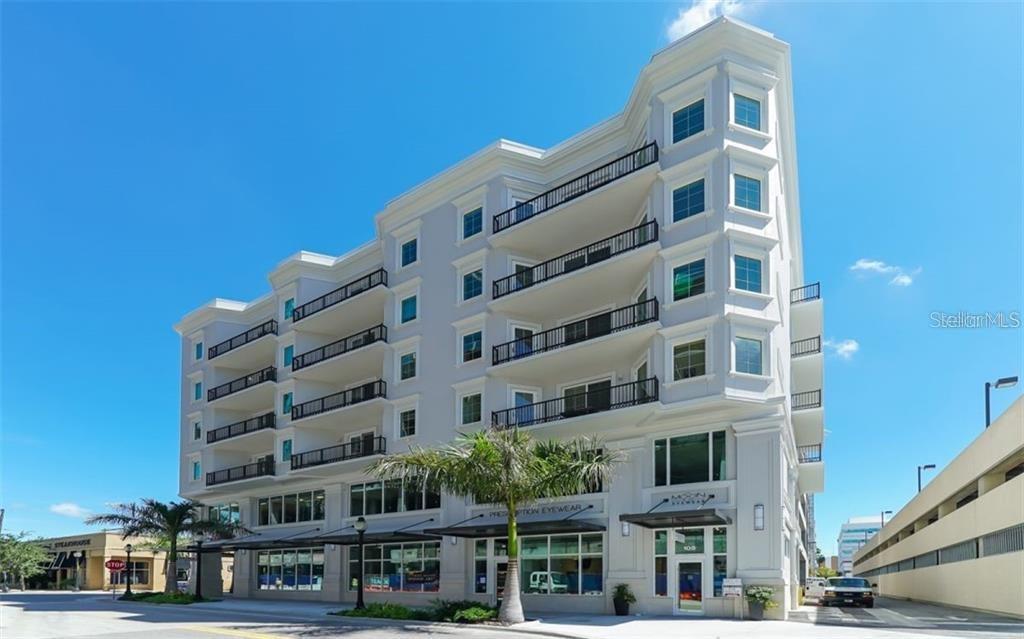 1500 STATE ST #504 Property Photo - SARASOTA, FL real estate listing
