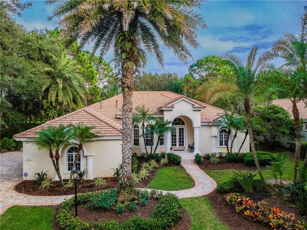 8019 COLLINGWOOD CT Property Photo - UNIVERSITY PARK, FL real estate listing