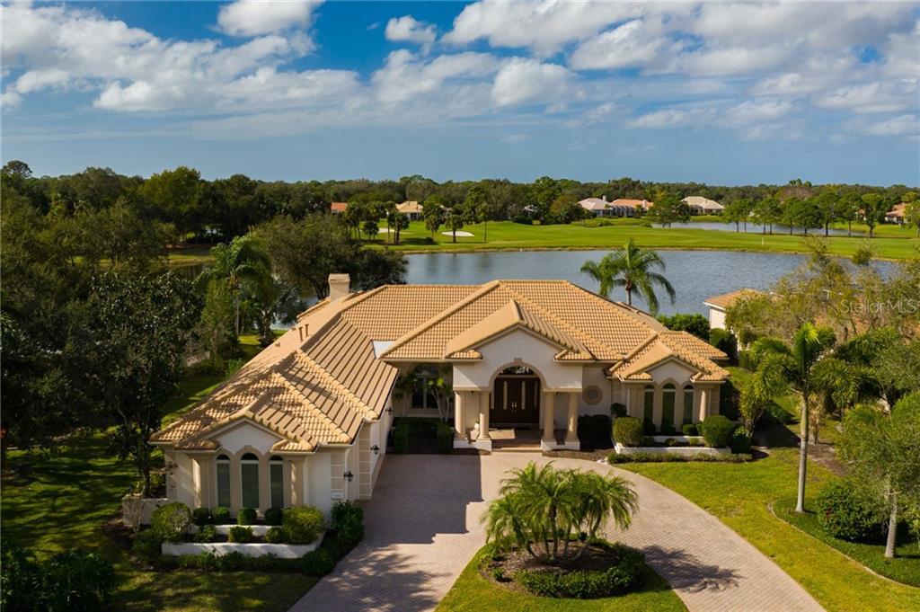 7408 MAYFAIR CT Property Photo - UNIVERSITY PARK, FL real estate listing