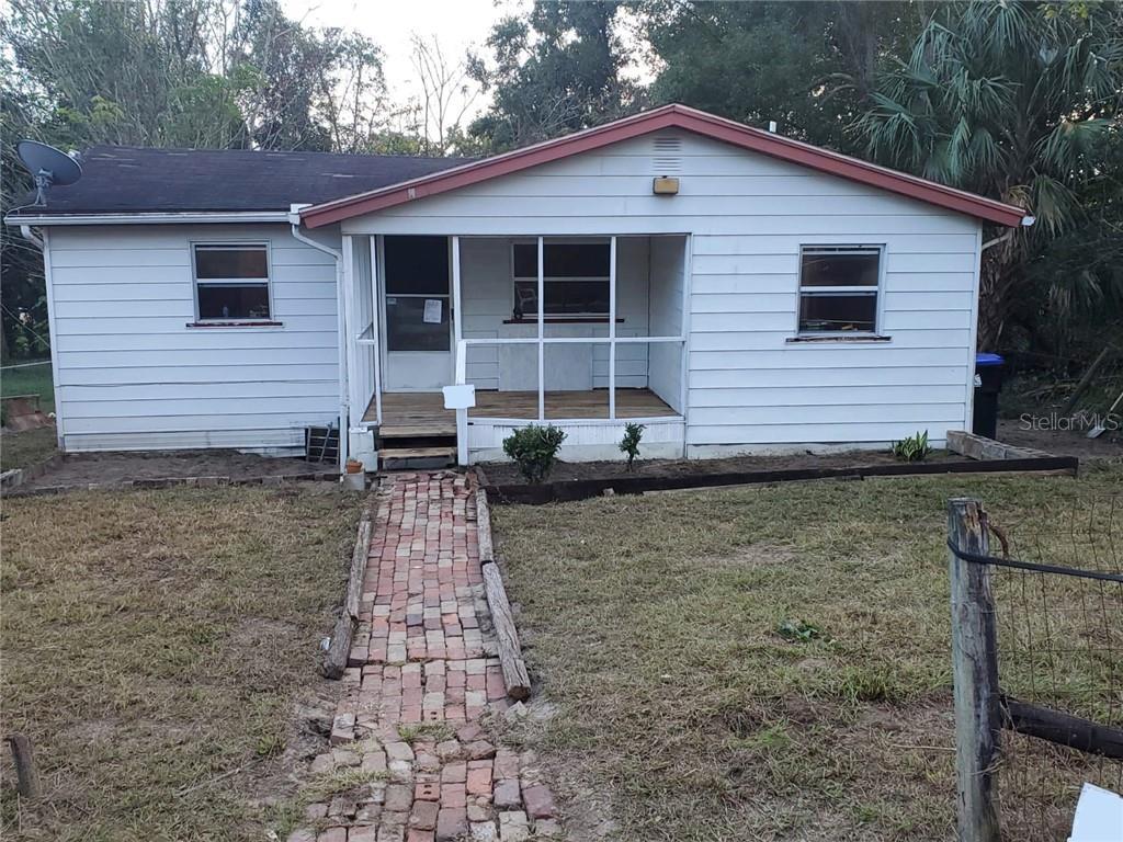 8 W ELLA J GILMORE ST Property Photo - APOPKA, FL real estate listing