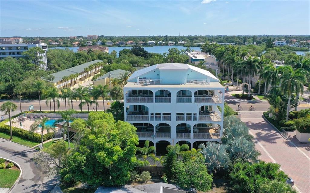 1136 WINDSONG LN Property Photo - SARASOTA, FL real estate listing