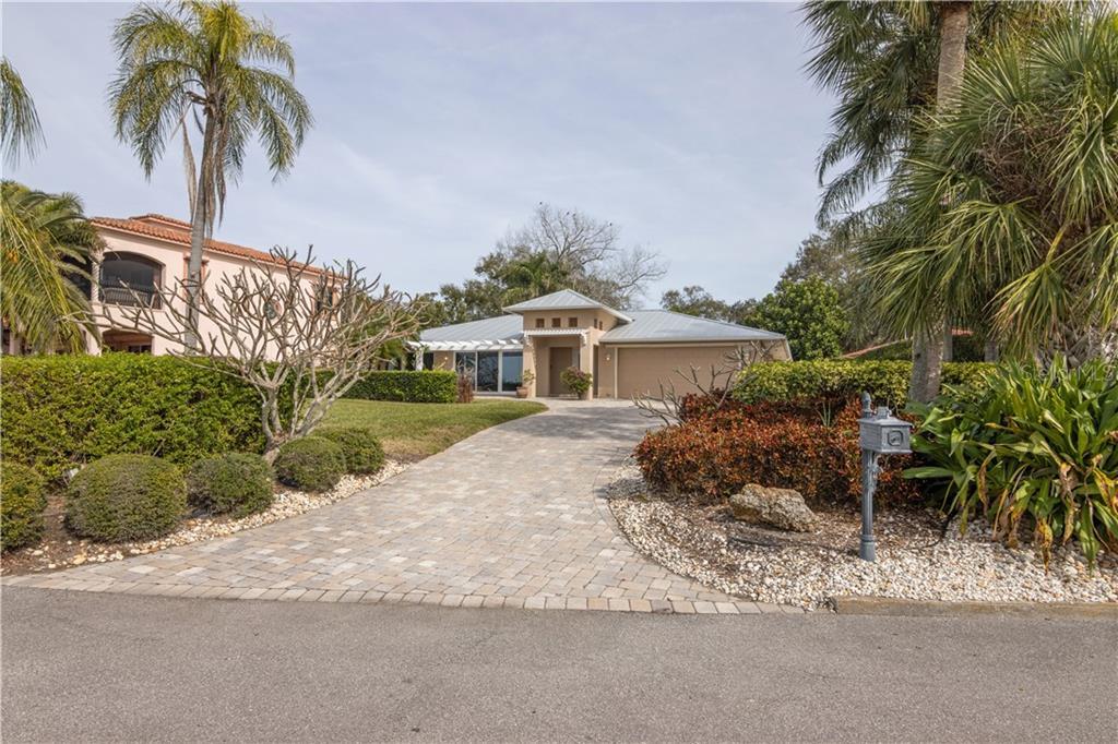 8037 LONGBAY BLVD Property Photo - SARASOTA, FL real estate listing