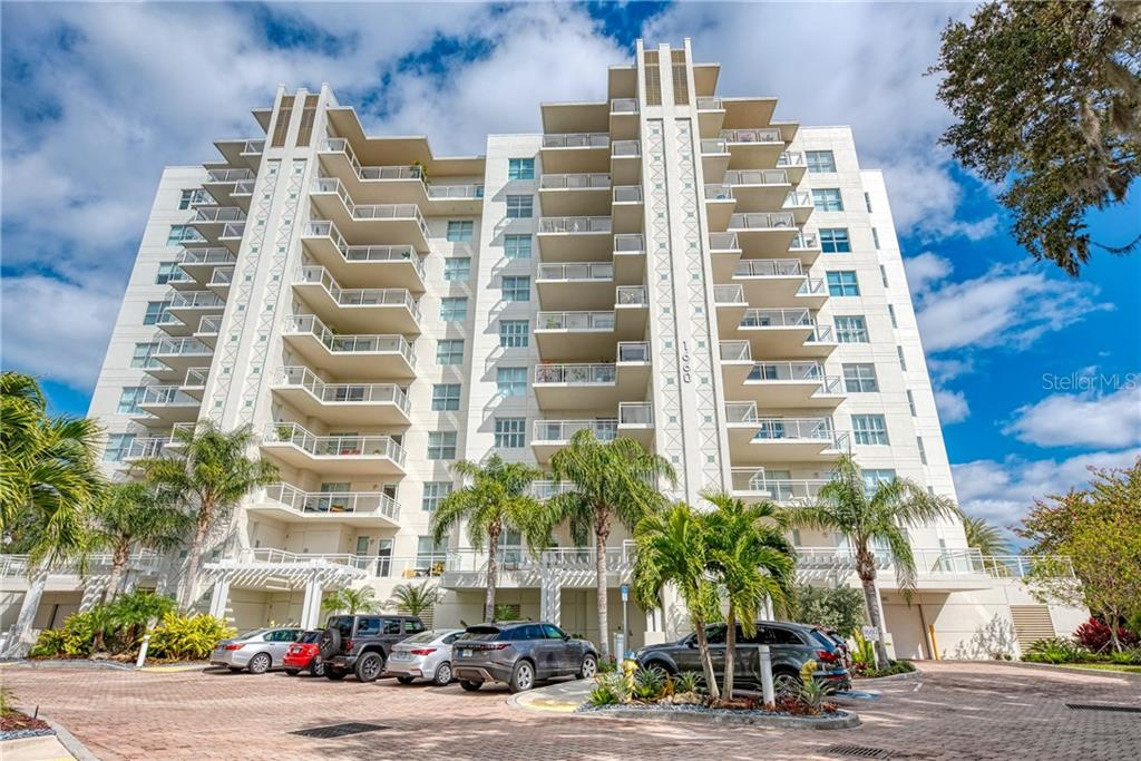 1660 SUMMERHOUSE LN #303 Property Photo - SARASOTA, FL real estate listing