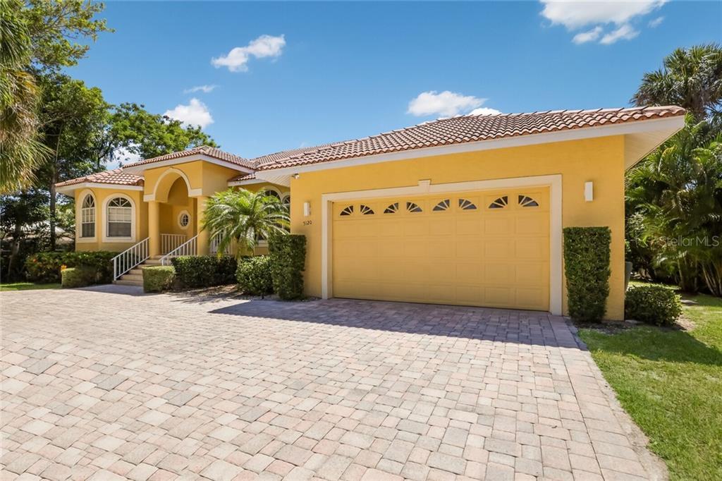 5120 WINDWARD AVE Property Photo - SARASOTA, FL real estate listing