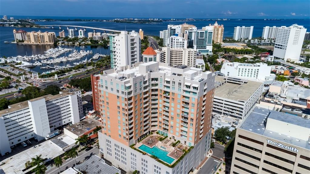 1350 MAIN ST #606 Property Photo - SARASOTA, FL real estate listing