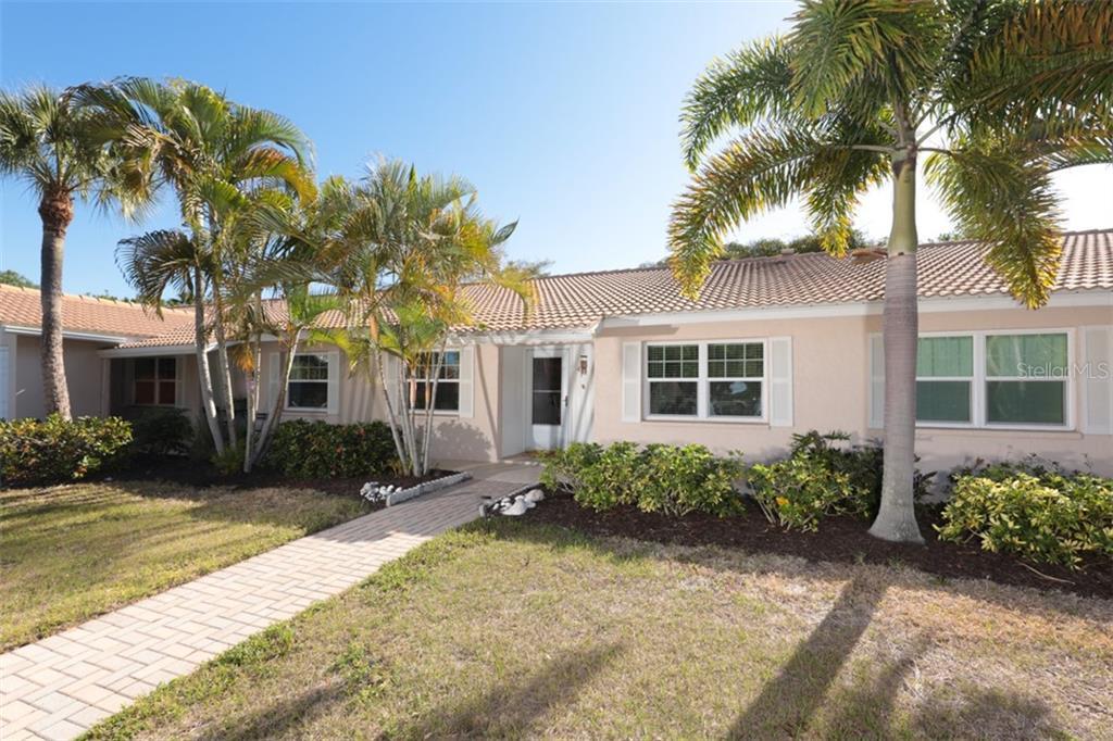 540 NEPTUNE AVE #4 Property Photo - LONGBOAT KEY, FL real estate listing