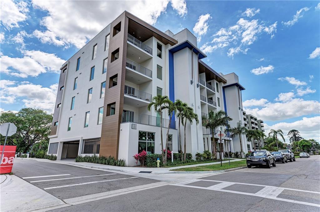 711palm Real Estate Listings Main Image