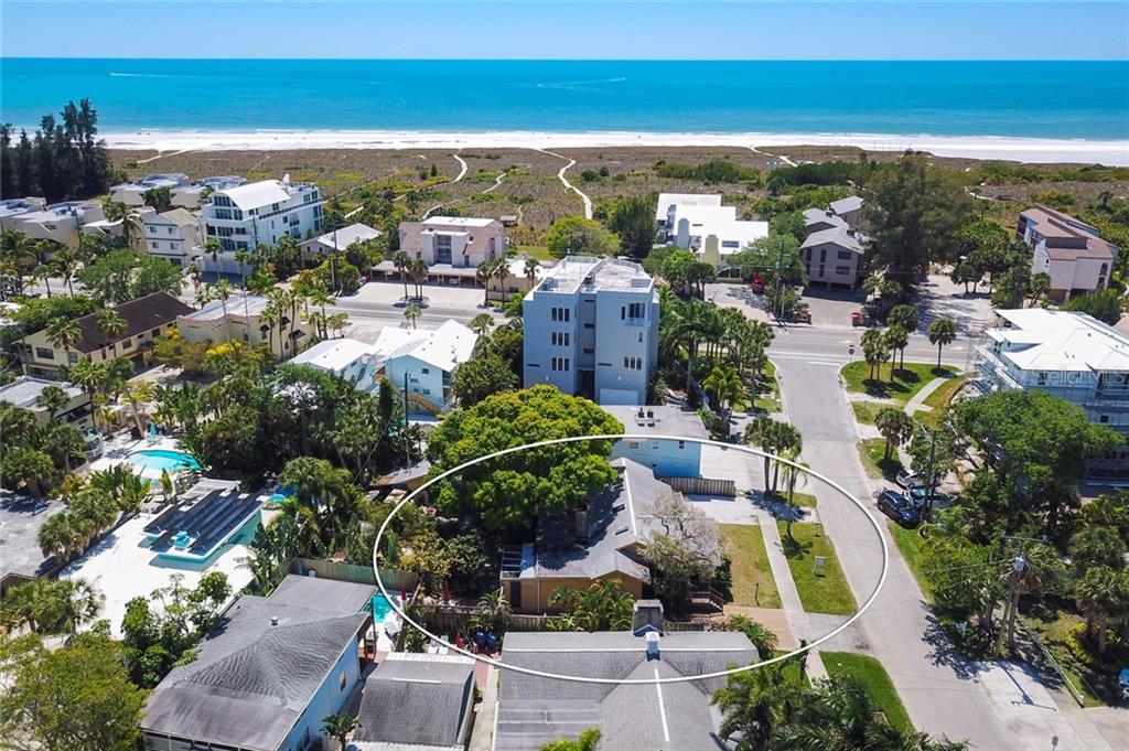 5409 PLAZA DES LAS PALMAS Property Photo - SARASOTA, FL real estate listing