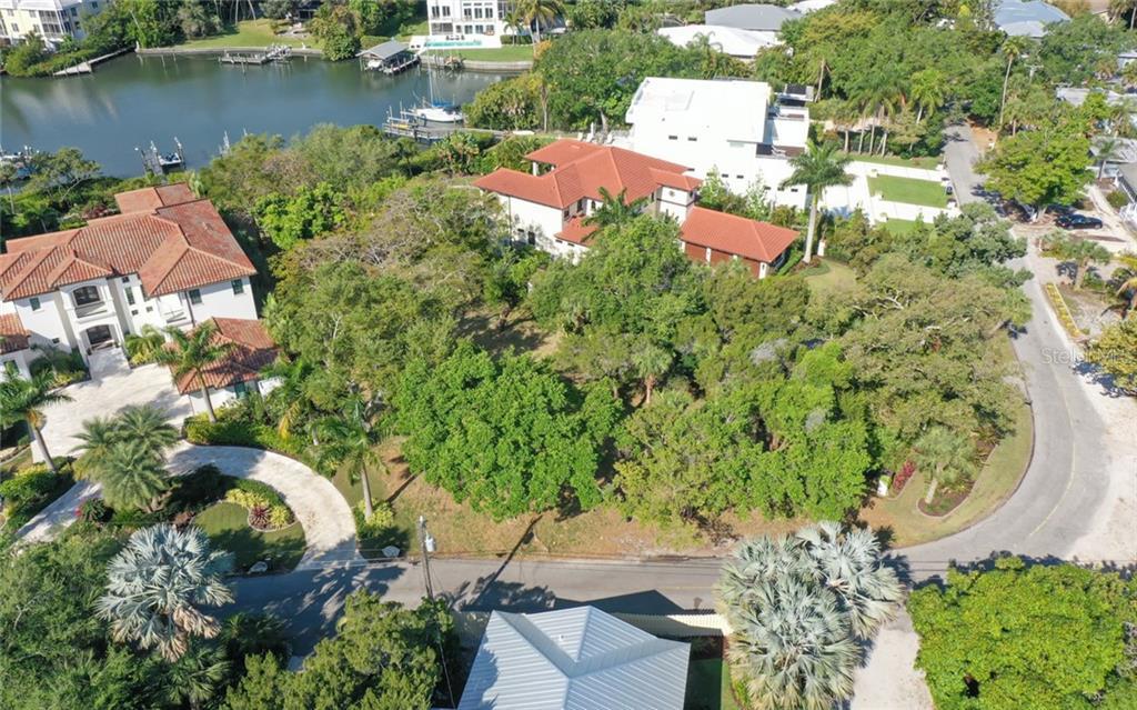 3960 ROBERTS POINT RD Property Photo - SARASOTA, FL real estate listing