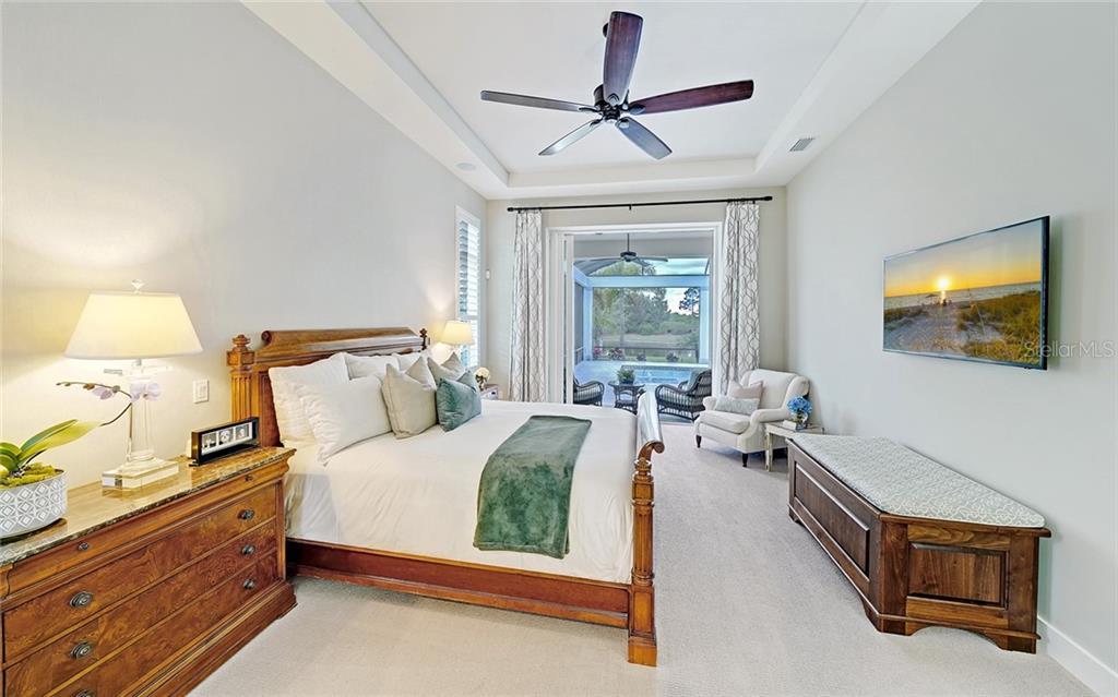 7914 Staysail Ct Property Photo 17