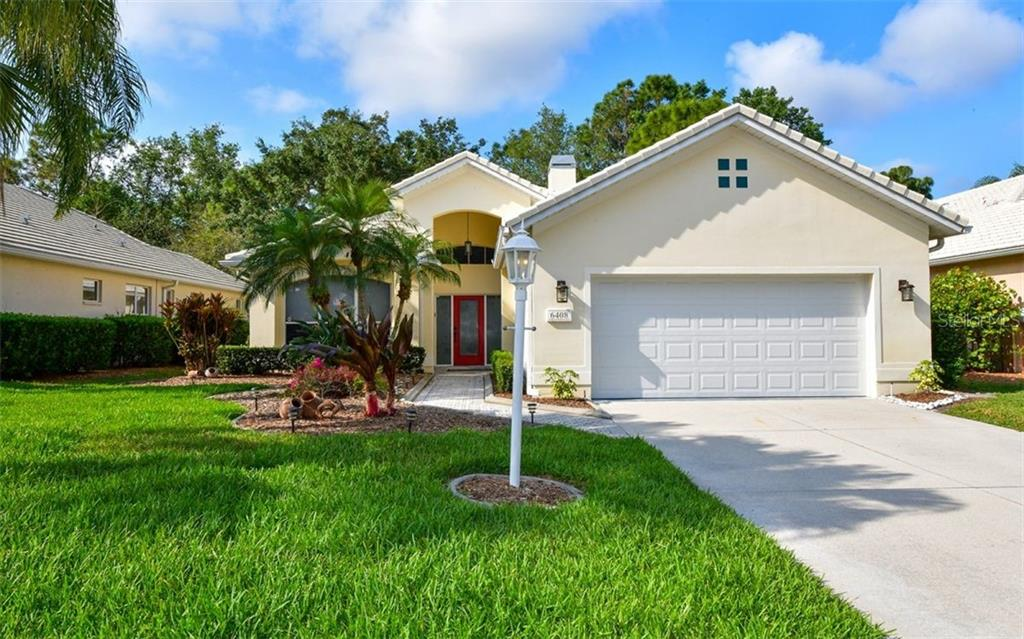 6408 WENTWORTH XING Property Photo - UNIVERSITY PARK, FL real estate listing