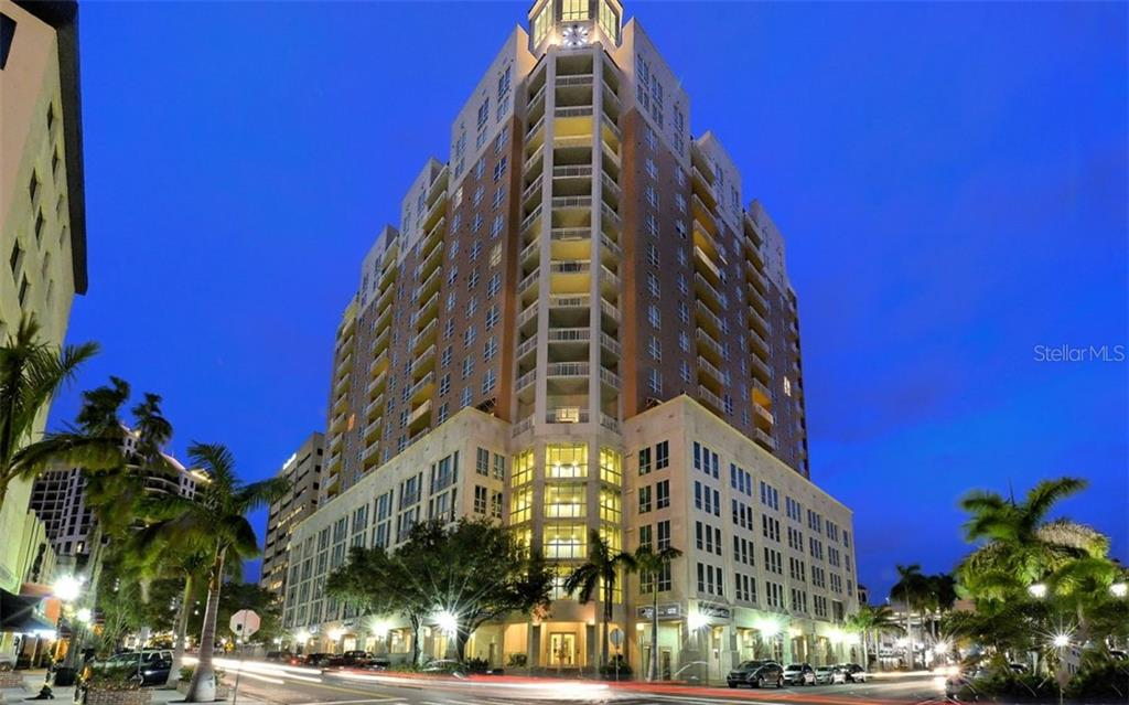 1350 MAIN ST #908 Property Photo - SARASOTA, FL real estate listing