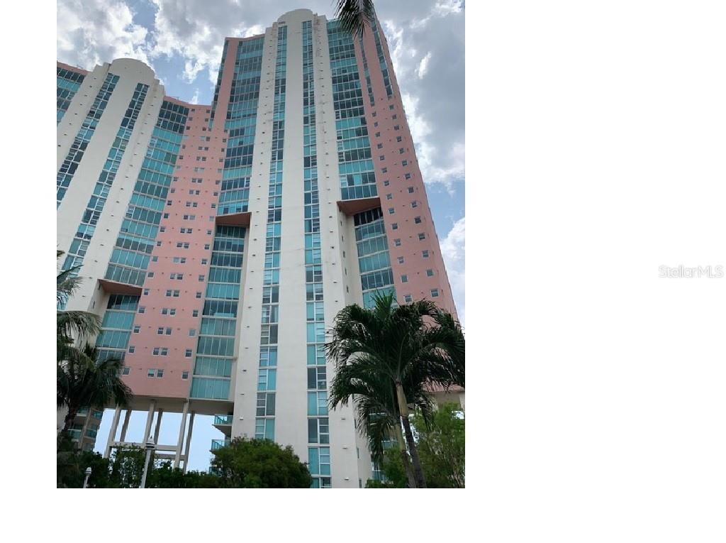 3370 HIDDEN BAY DR #3215 Property Photo - AVENTURA, FL real estate listing