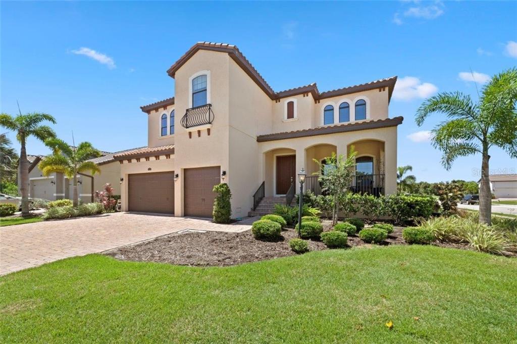 5326 TITLE ROW DR Property Photo - BRADENTON, FL real estate listing