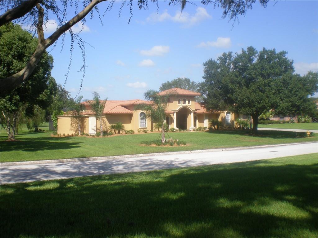 646 HOWARD AVE Property Photo - LAKELAND, FL real estate listing