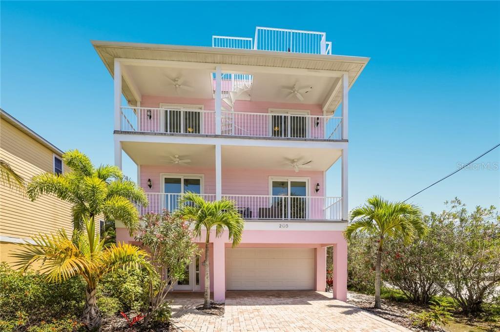 205 PALM AVE Property Photo - ANNA MARIA, FL real estate listing