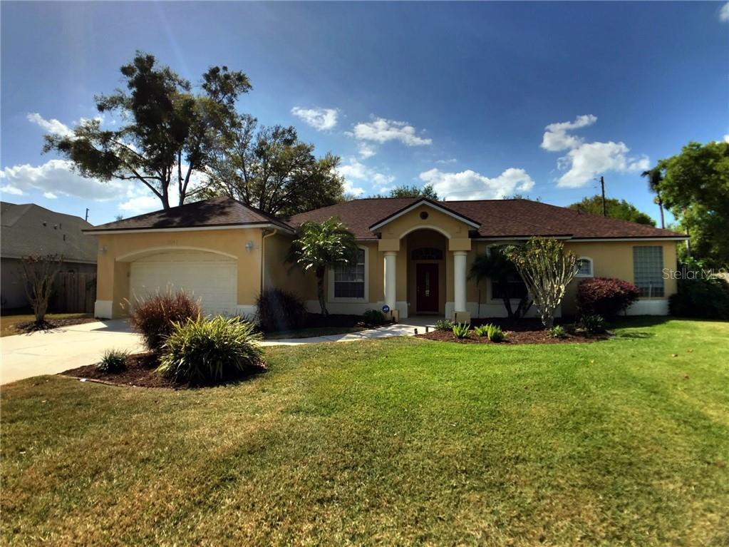 1059 Palm Cove Dr Property Photo
