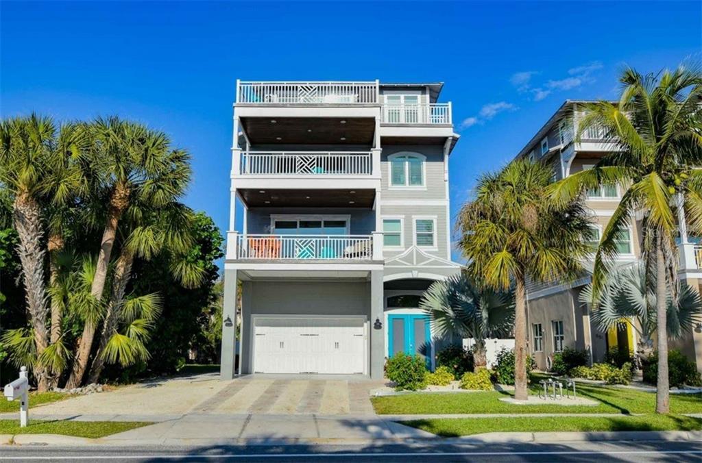 547 Beach Rd Property Photo