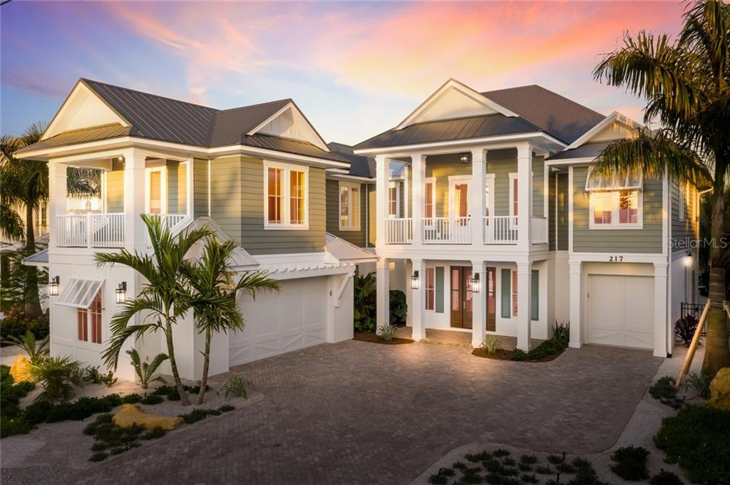 217 WILLOW AVE Property Photo - ANNA MARIA, FL real estate listing