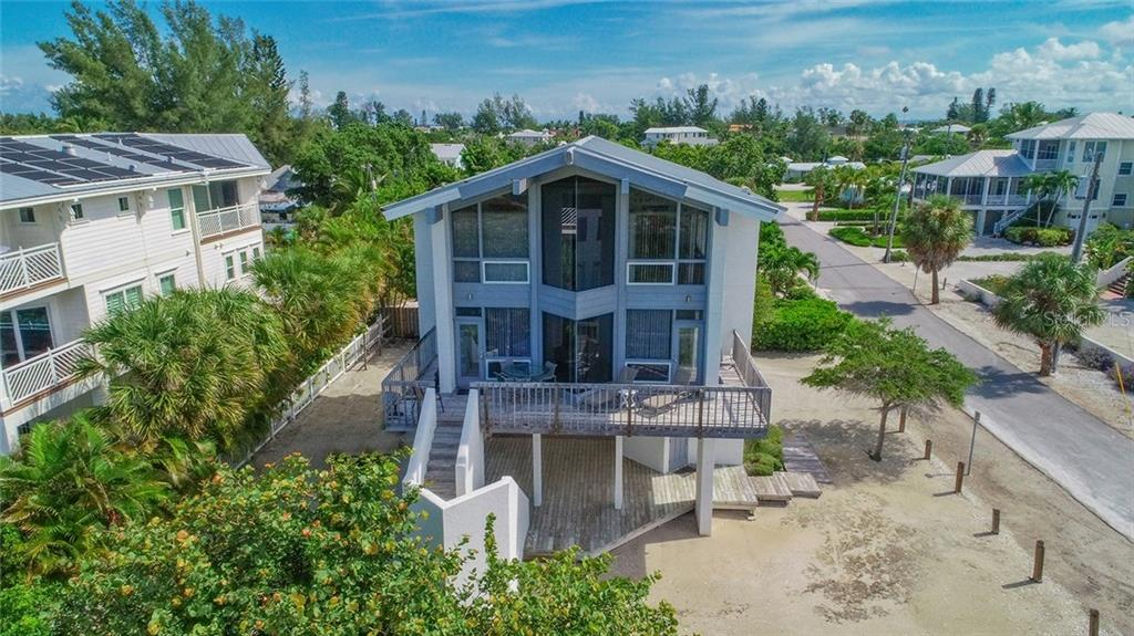 202 FIR AVE Property Photo - ANNA MARIA, FL real estate listing