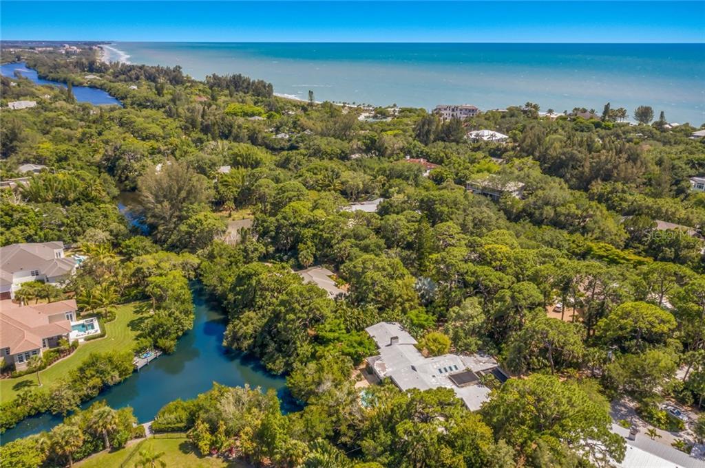 7219 PINE NEEDLE RD Property Photo - SARASOTA, FL real estate listing