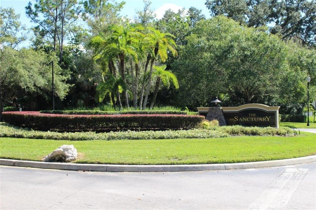 2706 HEAVENLY CT Property Photo - LUTZ, FL real estate listing