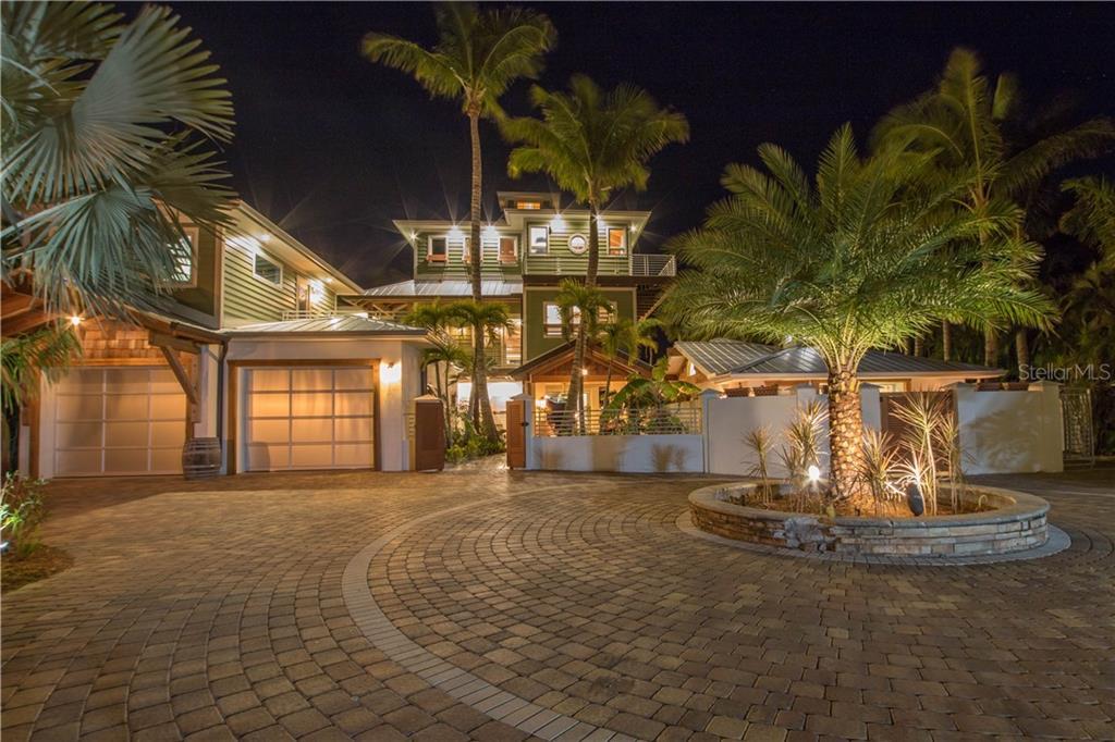 10216 46TH AVE W Property Photo - BRADENTON, FL real estate listing