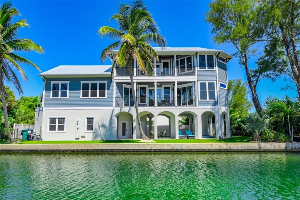 113 N BAY BLVD Property Photo - ANNA MARIA, FL real estate listing