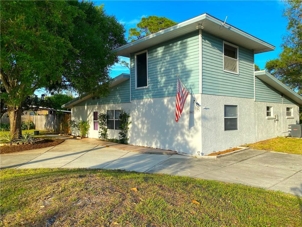 2047 JAVA PLUM AVE Property Photo - SARASOTA, FL real estate listing