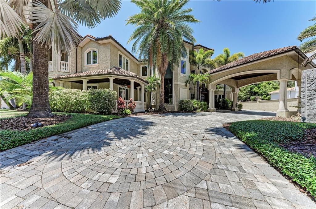2913 W KNIGHTS AVE Property Photo - TAMPA, FL real estate listing