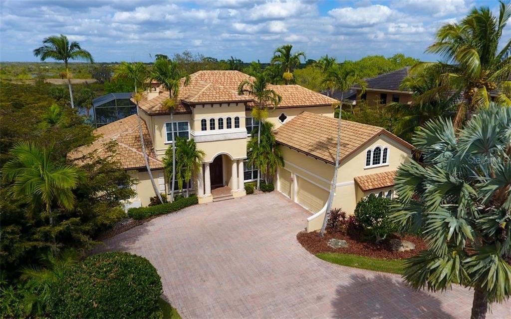 10309 RIVERBANK TER Property Photo - BRADENTON, FL real estate listing