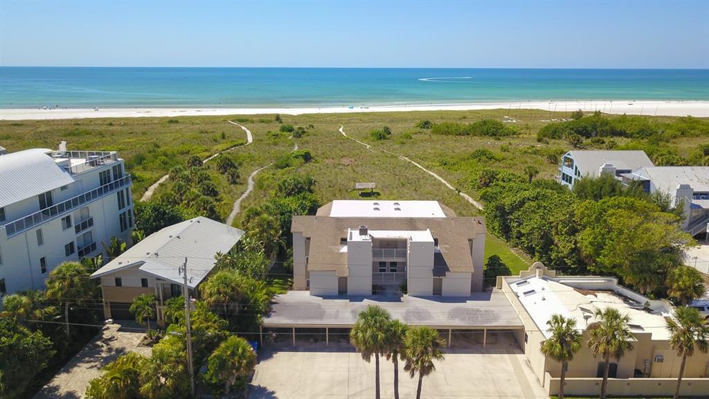 524 BEACH RD #D Property Photo - SARASOTA, FL real estate listing