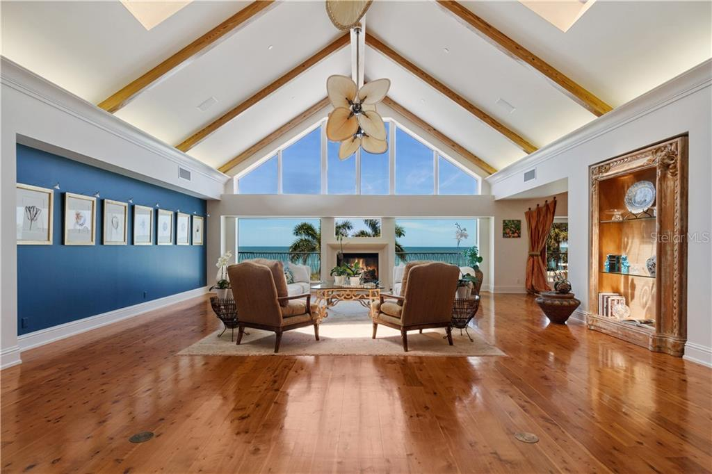 5541 GULF OF MEXICO DR Property Photo - LONGBOAT KEY, FL real estate listing