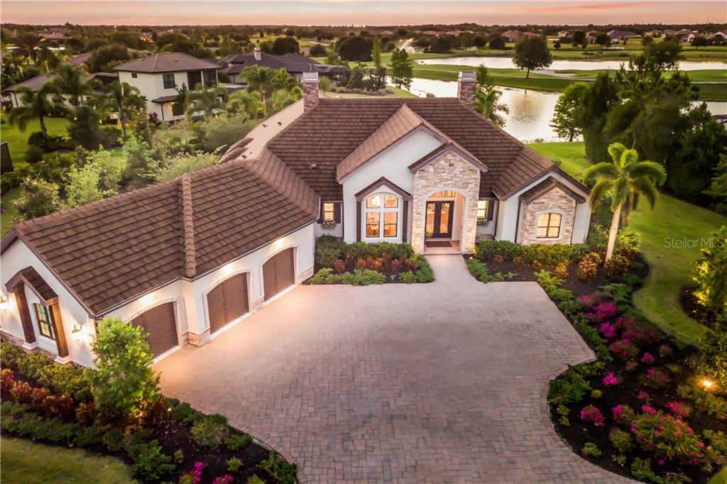 15613 LINN PARK TER Property Photo - LAKEWOOD RANCH, FL real estate listing