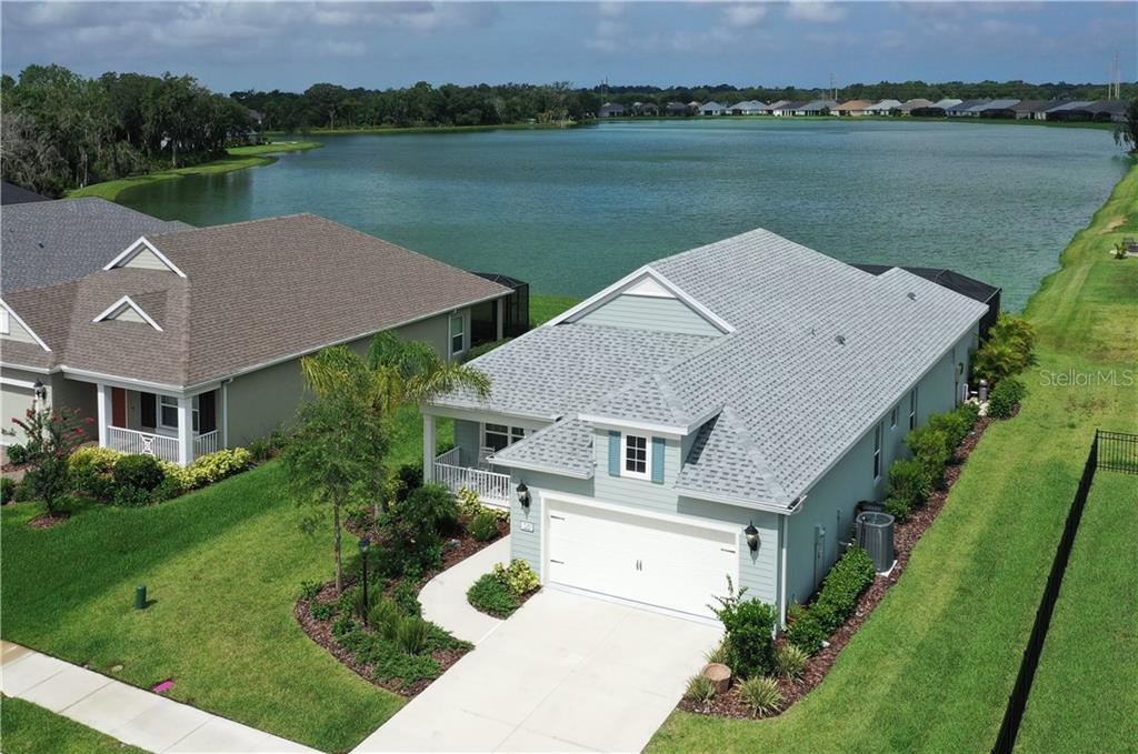 7589 RIDGELAKE CIR Property Photo - BRADENTON, FL real estate listing