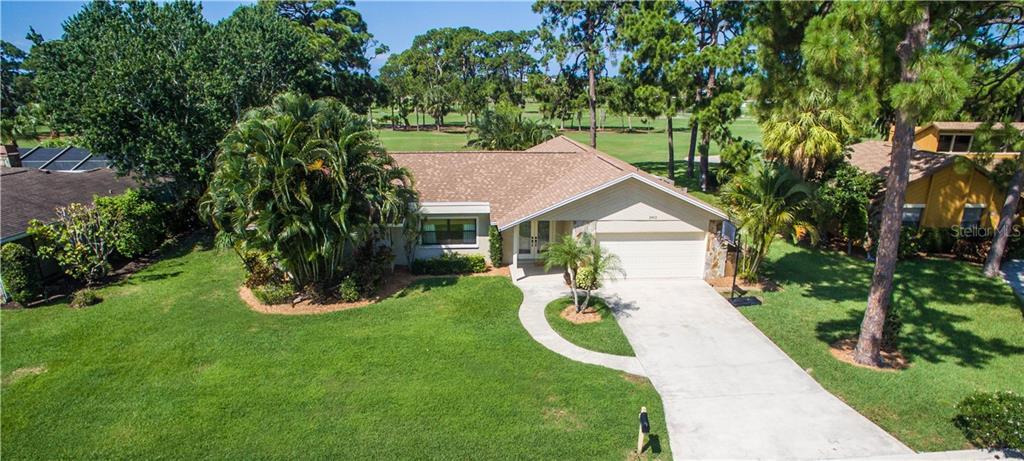 3903 AVENIDA MADERA Property Photo - BRADENTON, FL real estate listing