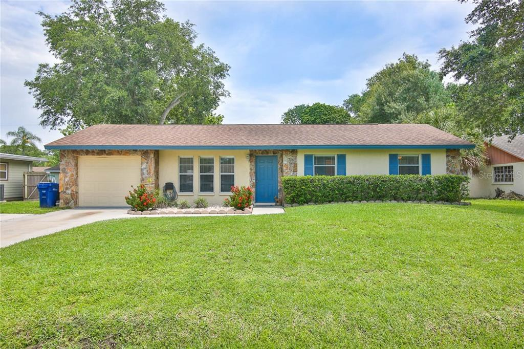 1526 RUSSELL AVE Property Photo - SARASOTA, FL real estate listing