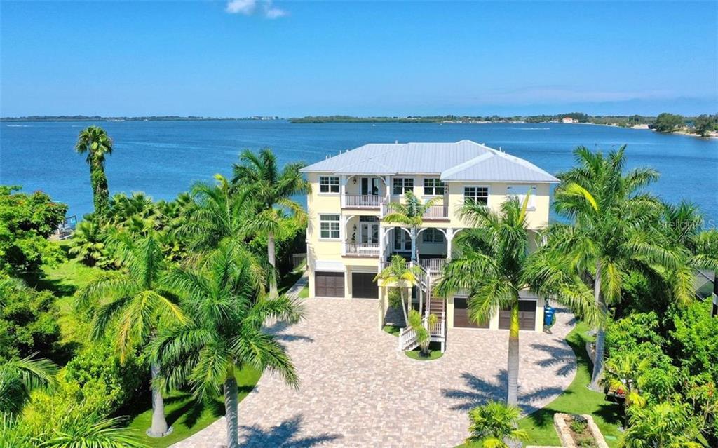 512 PALMA SOLA BLVD Property Photo - BRADENTON, FL real estate listing