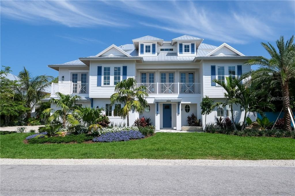 224 WILLOW AVE Property Photo - ANNA MARIA, FL real estate listing