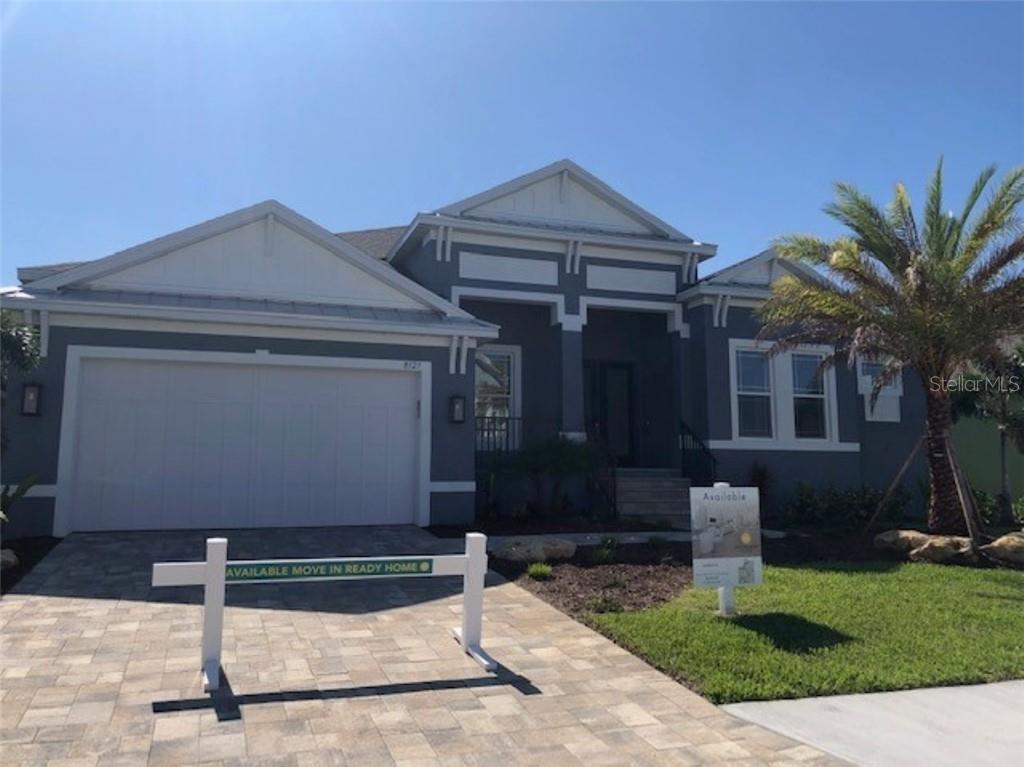 8127 37TH AVE CIR W Property Photo - BRADENTON, FL real estate listing