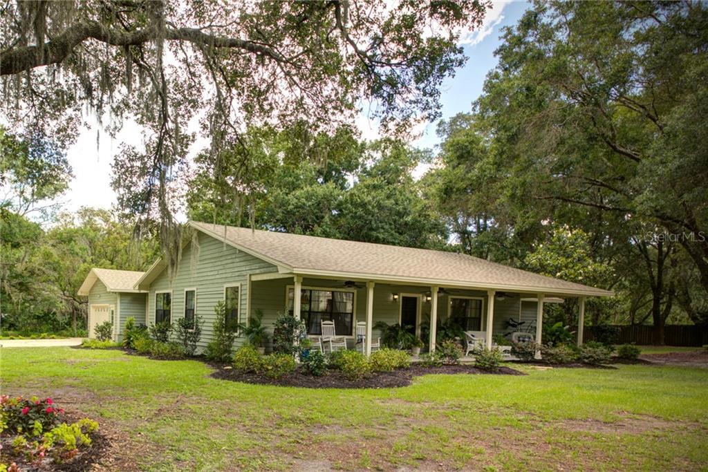 6301 OAKVIEW LN Property Photo - LAKELAND, FL real estate listing