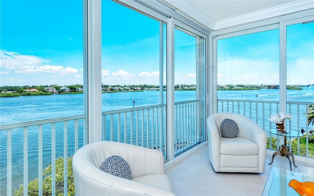 1280 DOLPHIN BAY WAY #402 Property Photo - SARASOTA, FL real estate listing