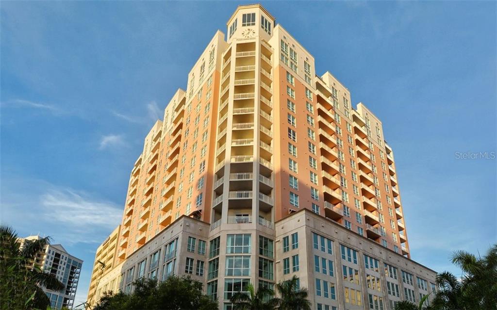 1350 MAIN ST #1108 Property Photo - SARASOTA, FL real estate listing