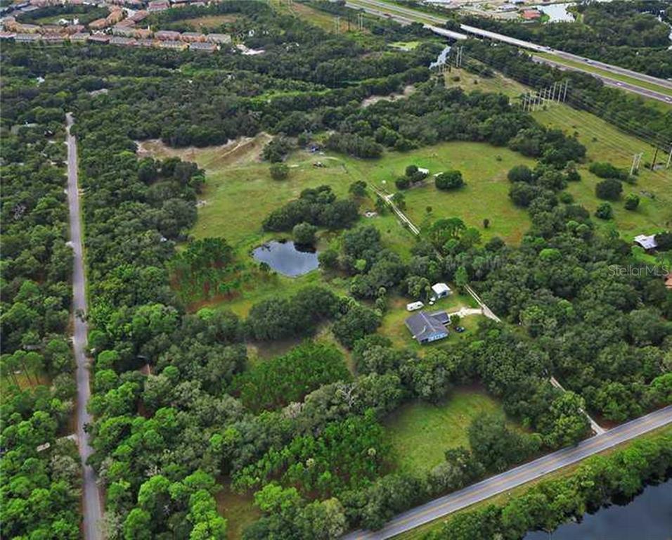 8330 LINGER LODGE RD Property Photo - BRADENTON, FL real estate listing
