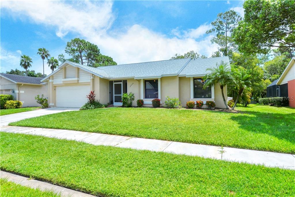 2229 CORK OAK ST W Property Photo - SARASOTA, FL real estate listing