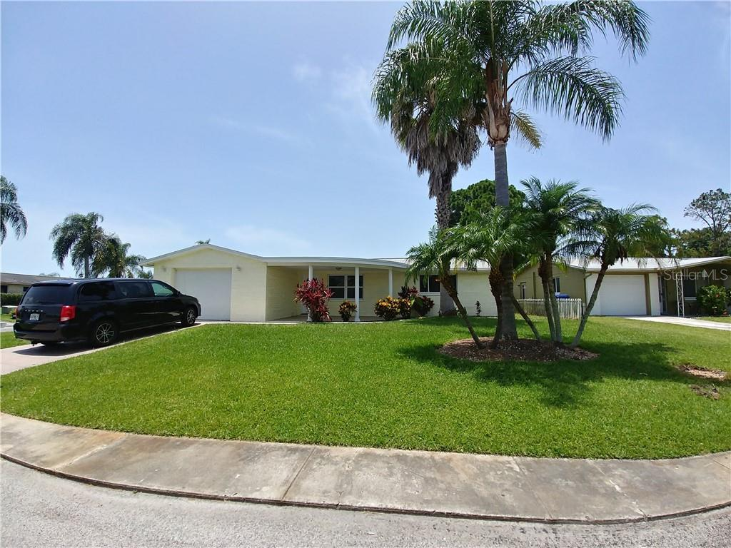2705 BORA BORA PL Property Photo - HOLIDAY, FL real estate listing