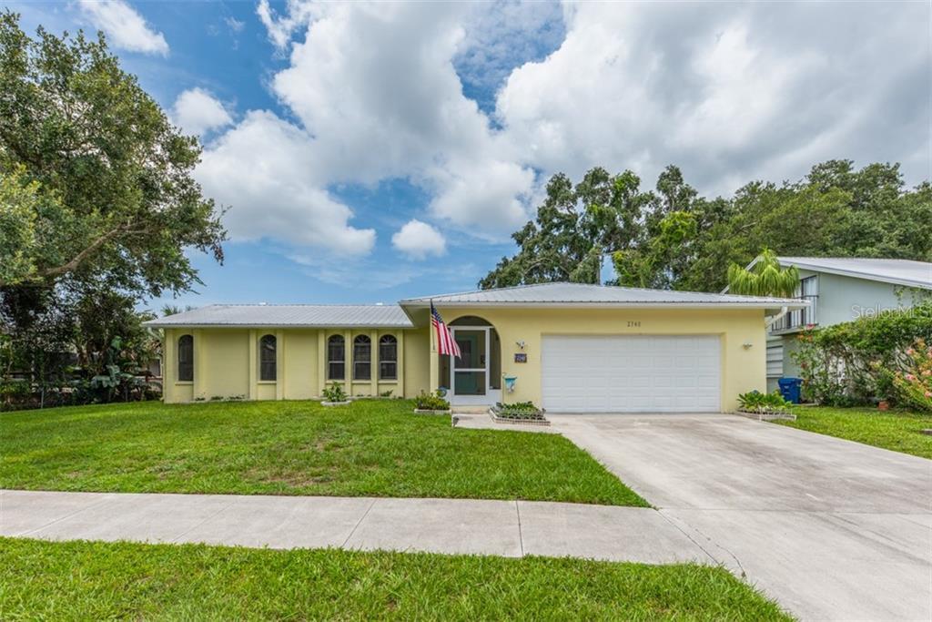 2340 TALL OAK CT Property Photo - SARASOTA, FL real estate listing