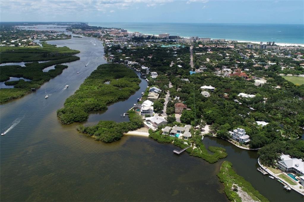 5342 HIDDEN HARBOR RD Property Photo - SARASOTA, FL real estate listing