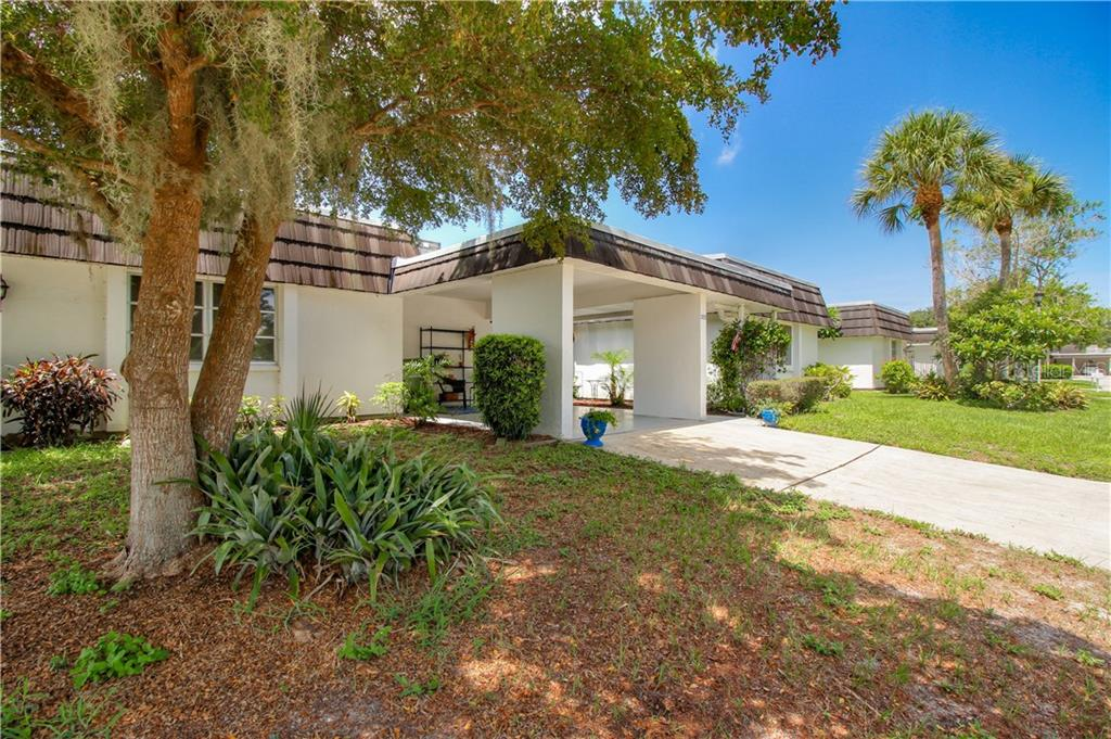 3952 LAKESIDE ROAD #158 Property Photo - SARASOTA, FL real estate listing