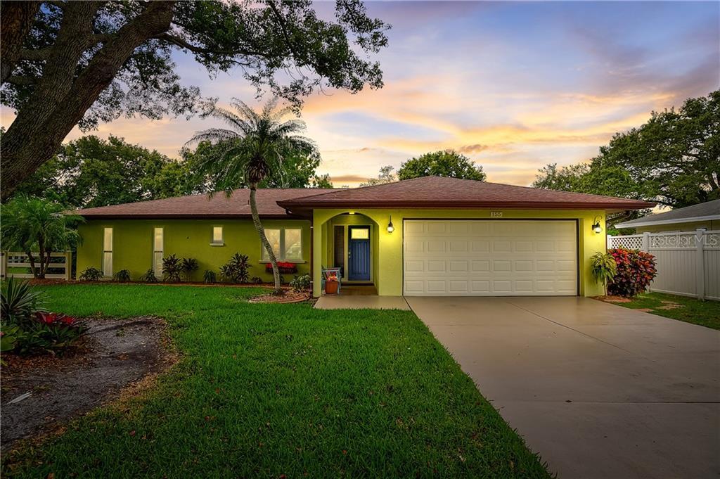 155 MIMOSA CIR Property Photo - SARASOTA, FL real estate listing
